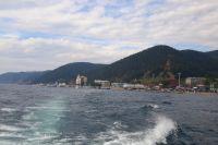 Финишируют пловцы в посёлке Листвянка.