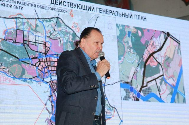 Олег Григорьев из НИИ Генплана обещал, что сносить дома в Вознесенском не будут.
