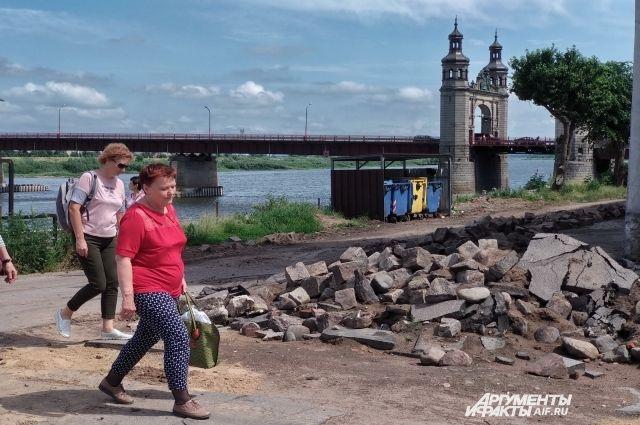 В Советске начались работы по благоустройству набережной Немана