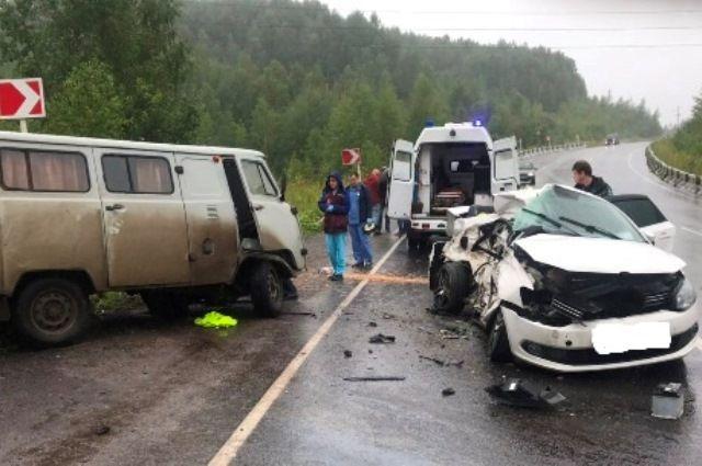 В ДТП погиб пассажир легкового автомобиля.