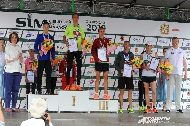 На пьедестале почёта Андрей Лейман, трёхкратный победитель SIM.