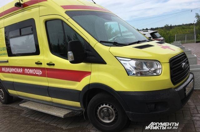 Водителя УАЗ госпитализировали с тяжелыми травмами.