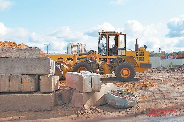 В Проектируемом проезде уже работает строительная техника.