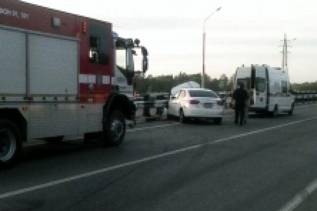 В Оренбурге на объездной в ДТП пострадал водитель иномарки.