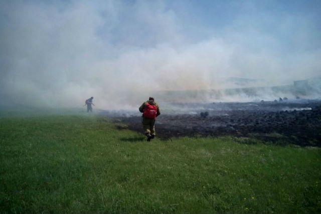 Пожаром нанесён ущерб на сумму более 60 тысяч рублей.