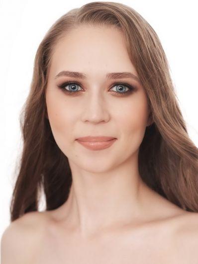№7. Ирина Коробкова. Возраст: 21 год. Рост: 170 см.