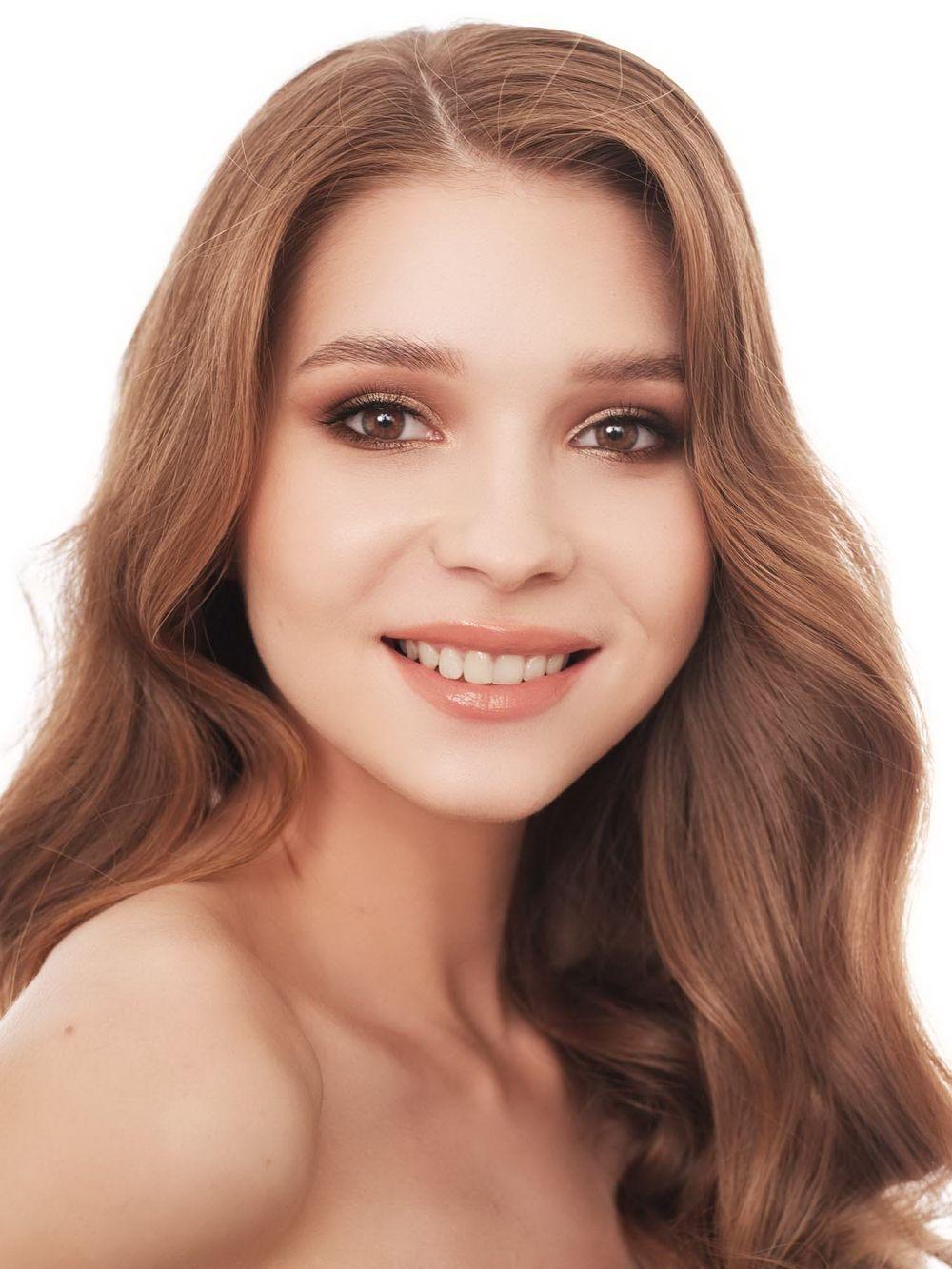 №5. Анастасия Рыжикова. Возраст: 20 лет. Рост: 172 см.