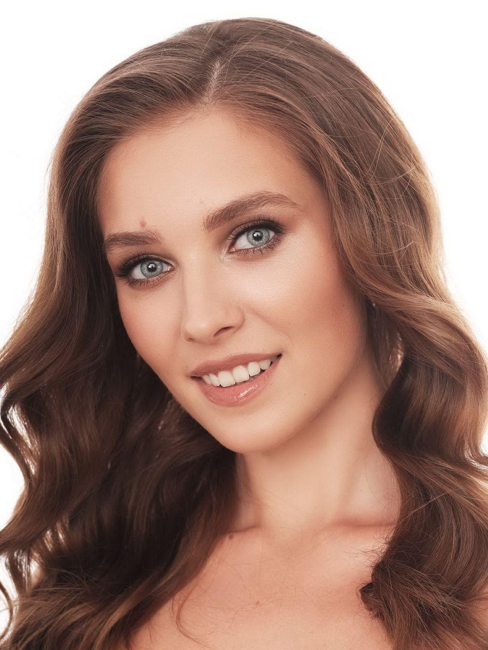 №3. Елизавета Мальцева. Возраст: 20 лет. Рост: 175 см.