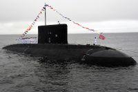 Экипаж подводной лодки «Варшавянка» на генеральной репетиции парада ко дню ВМФ во Владивостоке. Июль 2019 г.
