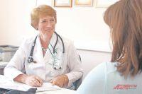 Ольга Александровна с улыбкой встречает своих пациентов.