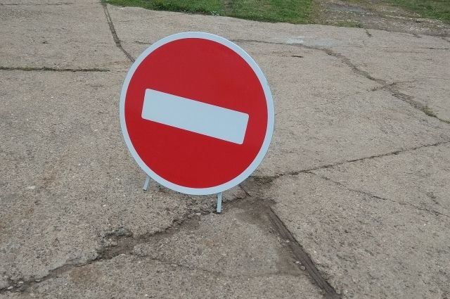 Власти рекомендуют жителям пока не возвращаться в зону риска.