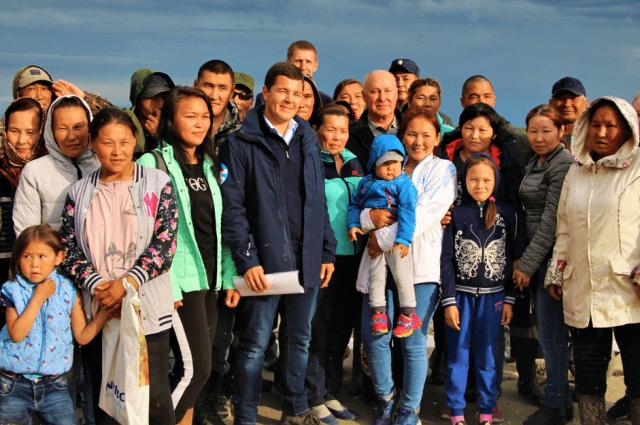 Губернатор ЯНАО оценил развитие отдаленных сел Гыда и Сеяха