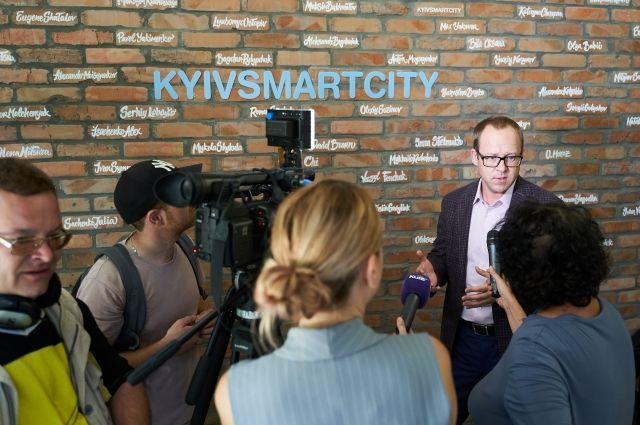 Юрий Назаров: Искусственный интеллект - это помощник, а не угроза