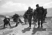 Бойцы ВДВ в Дагестане. 23 августа 1999 года.
