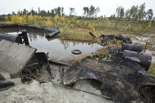 Опасные отходы часто не отправляют на современные комплексы по переработке, а сваливают и сливают в овраги и леса