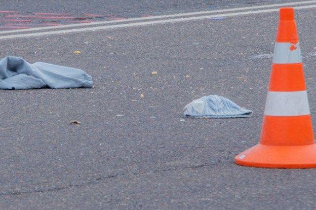 Водитель ВАЗ 2109 сбил девушку в Тюмени