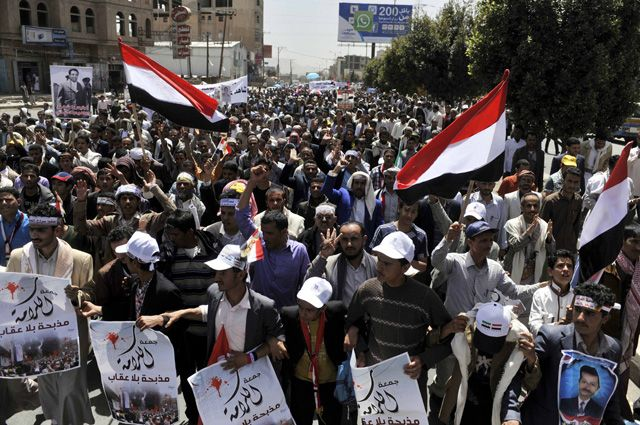 ВЙемене сепаратисты захватили три военные  казармы