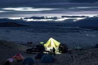 В экспедиции путешественники едут не для того, чтобы «прятаться» в гостиницах.