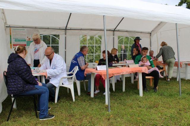Во время акции на Верхнем озере здоровье проверили более 500 человек