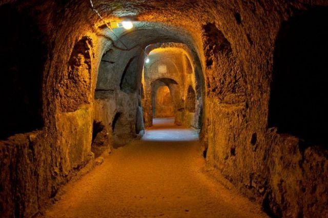 Тайна под ногами: в Виннице строители случайно раскопали древние подземелья