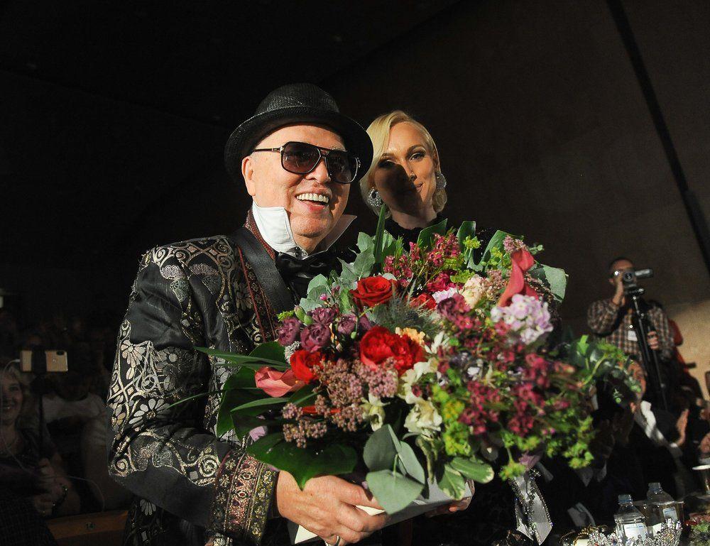 Член жюри, модельер Вячеслав Зайцев.