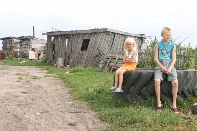 Детей и молодёжи в сёлах становится всё меньше.