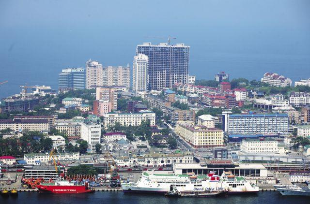 Малый и средний бизнес в Приморье обеспечивает 40% ВРП и дает работу 270 тысячам жителям края
