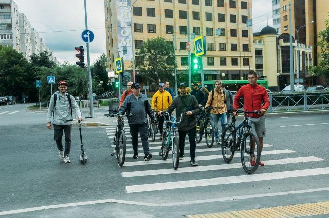 Представители тюменского велосообщества обсудили создание велодорожек