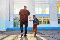 Чтобы помочь маленькому школьнику, родителя должны сами многое узнать.