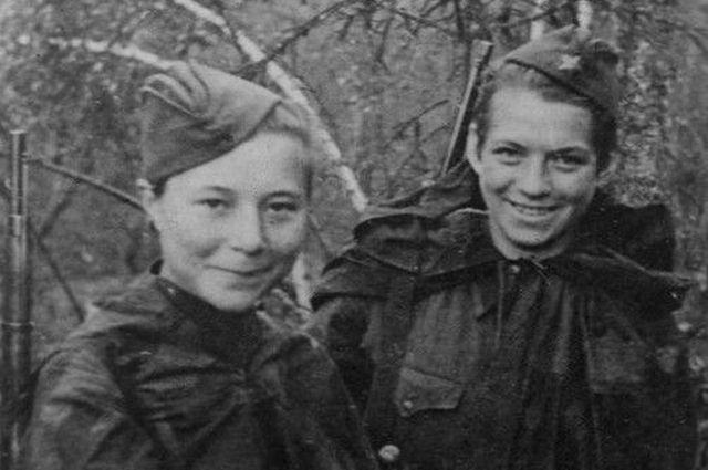 Слева направо: Мария Поливанова и Наталья Ковшова.
