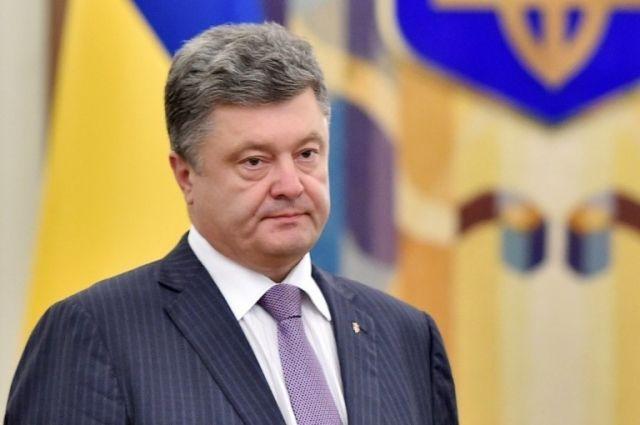 Суд дал разрешение на допрос Порошенко с детектором лжи