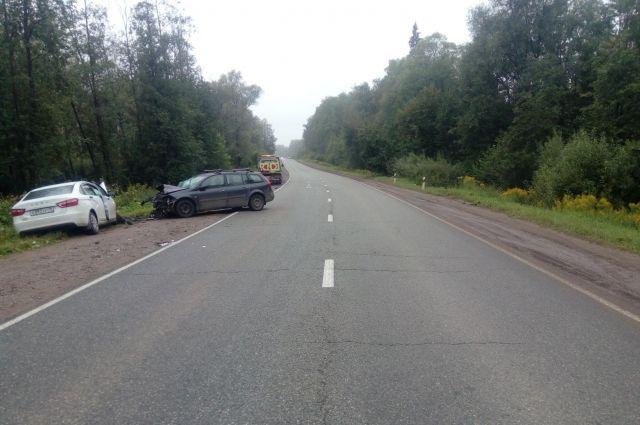 В Удмуртии водитель «Лады Весты» при обгоне устроил ДТП с 4 пострадавшими