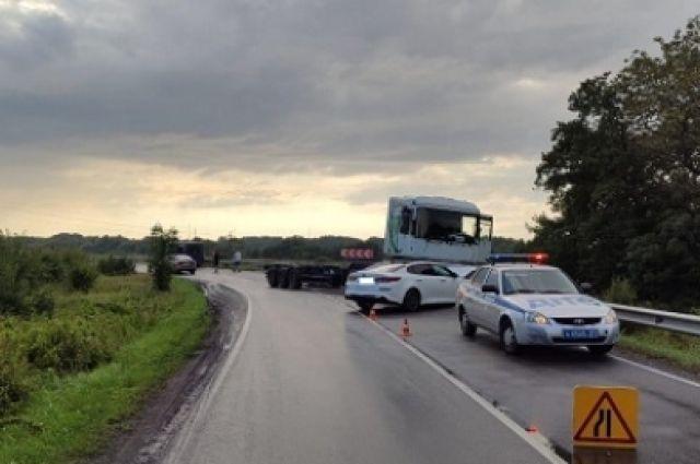 На дороге «Калининград-Балтийск» столкнулись три автомобиля