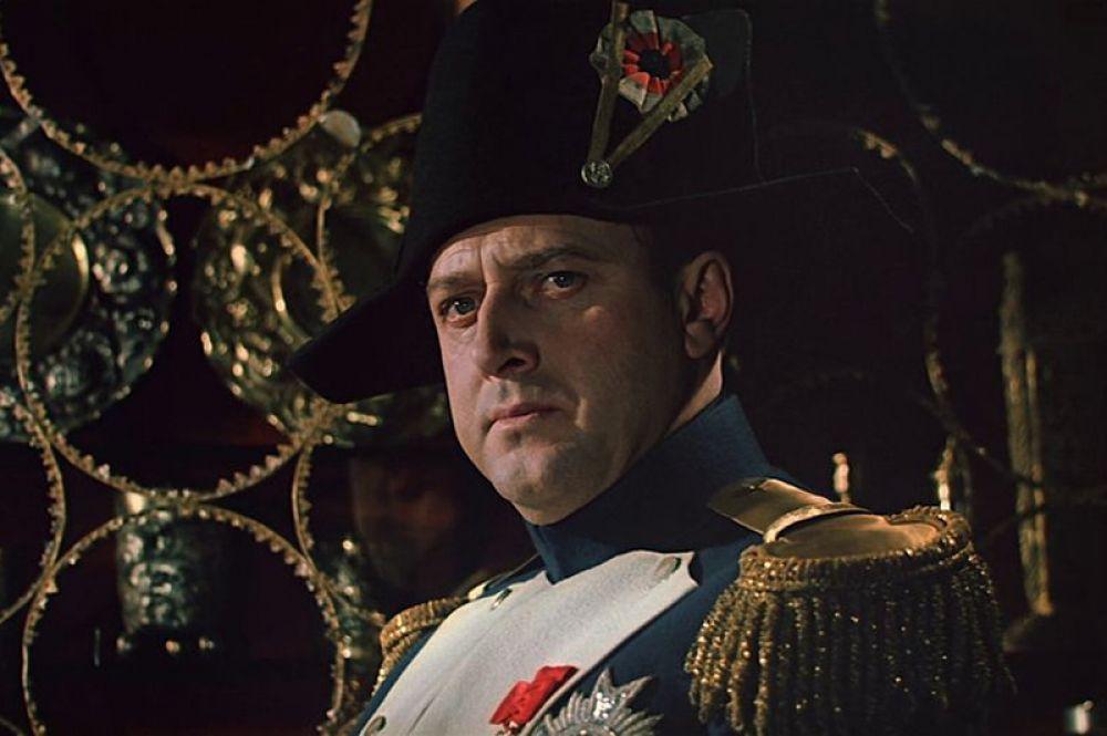 «Война и мир» (1966) — Владислав Стржельчик. Культовый фильм Сергея Бондарчука, одна из самых высокобюджетных картин в истории кинематографа, а также один из немногих русских фильмов, получивших «Оскар».