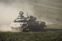 На Тоцком полигоне танкисты провели стрельбы на увеличенной дальности