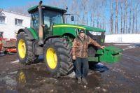 Фермер зажат в конкурентные рамки между крупными и мелкими хозяйствами.