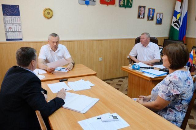Андрей Травников поддержал строительство нового модульного ФАПа и поручил полностью сохранить объем медицинских услуг, которые оказывают жителям села.