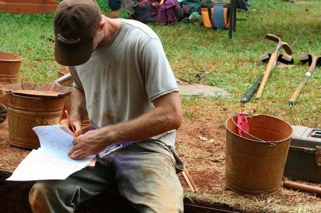 Счастье археолога - новые знания о забытых мирах.