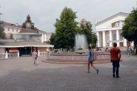 В середине лета фастфуд возобновил свою работу, несмотря на негативное отношение городских властей.