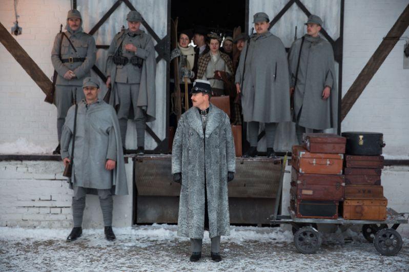"«Отель ""Гранд Будапешт ""» (2014) — инспектор Хенкелс."