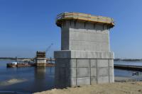 Работы по строительству моста через Пур идут с опережением графика