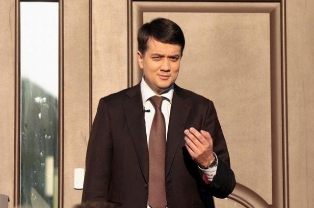 Разумков рассказал, что ждет депутатов-нарушителей от «Слуги народа»