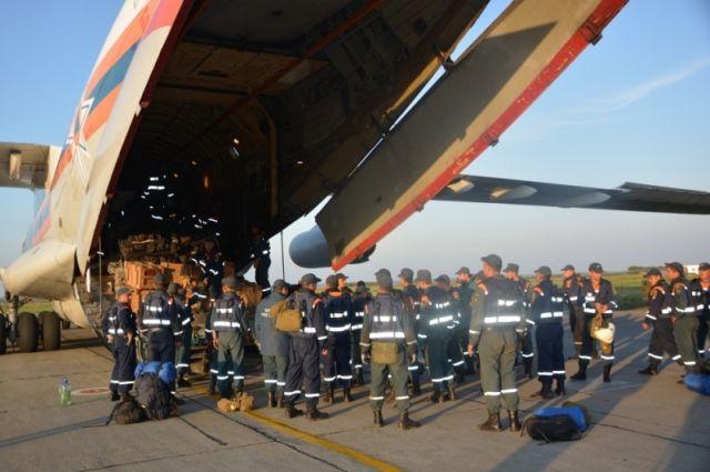 Челябинские спасатели вернулись с тушения пожаров в Сибири