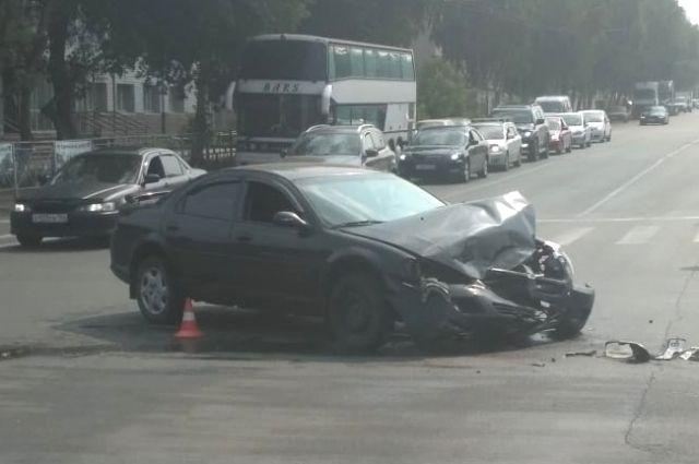 Тойта получила серьёзные повреждения.
