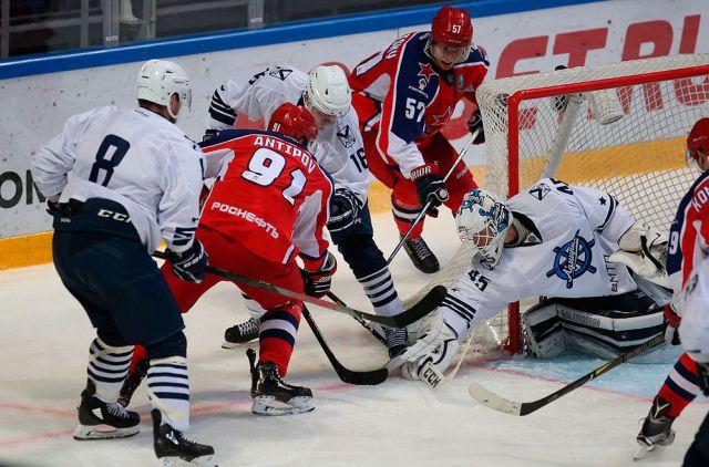 В контрольных матчах с ЦСКА было много борьбы.