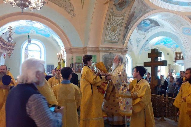В Тюмени прошла праздничная литургия в честь юбилея региона
