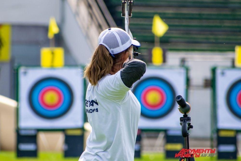 В соревнованиях участвовали и именитые спортсмены: призёры Олимпийских и Европейских Игр, Универсиад и мировых соревнований.