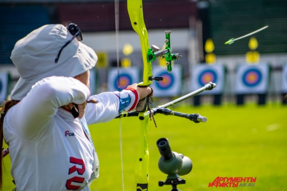 Команде Иркутской области позволили выступить расширенным составом, и это дало возможность молодым спортсменом побороться с сильнейшими лучниками страны.
