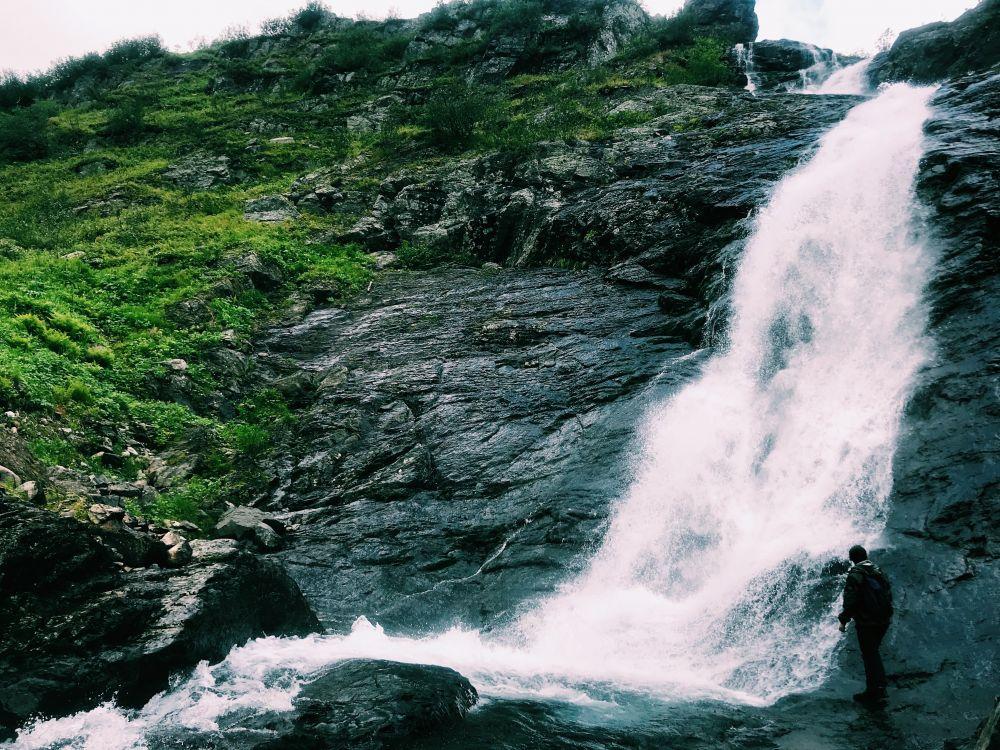 Водопад на горе Неройка