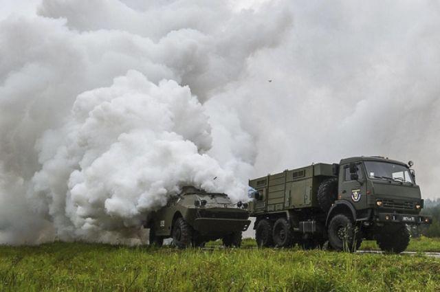 На полигоне Донгуз военные создали дымовую завесу в радиусе 1,5 км
